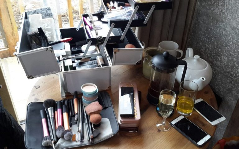 6 tips for planning your wedding makeup